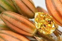 Loose fancy Color diamonds photos