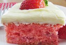 Desserts / by Lu Pe