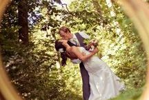 Wedding Photo Ideas / Beautiful photo ideas for possible weddings I might shoot!! :) / by Leticia B