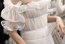 Wedding / Wedding | Wedding bells | Wedding inspiration | Bridal inspiration | Bride | Wedding decor | Event decor | Wedding ceremony | Table Decor | Wedding Hair | Wedding Dress | Wedding Gown | Wedding Veil | Bridal Beauty | Wedding Backdrop | Ceremony Backdrop | Ceremony Decor