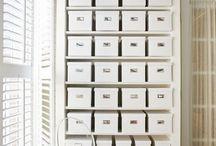 Organise / Closet | Wardrobe | Hanging Clothes | Clothes Storage | Shoe Storage | Bag Storage | Organized Closet | Closet Organization | Minimalist Closet | Interior Design | Closet Design | Design Storage | Chic Organization | Chic Storage | Shoe Rack | Shoe Wall