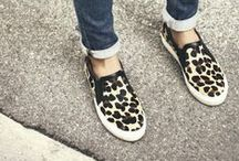 Shoes / All the best styles in your favorite footwear.