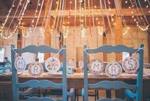 Rustic and Romantic Wedding Style / Dreaming of an intimate and romantic rustic wedding? Beautiful outdoor spaces, lace, flower crowns, and vintage country feel will make your special day unforgettable. Get inspired with these amazing ideas.