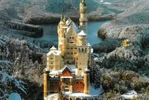 Royαℓ ♛ Rεsidεncε / Castles.. Chateaus.. Manors & Palaces..etc..Who isn't in love with these ancient dwellings? / by Deborah Escobar