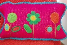 Knitting and crochet /    Wool and yarns