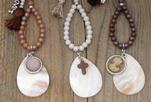 BJ sieraden - bagswings / tassenhangers gemaakt van diverse materialen