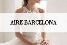 AIRE BARCELONA / De collectie van Aire Barcelona afkomstig uit Spanje is een must-to-see; vol met romantiek is deze sprookjesachtige frisse lieflijke collectie. De trouwjurken benadrukken de mooie vrouwelijke silhouetten en zijn gemaakt van de meest hoogwaardige zijden en stoffen. Het passen van deze nieuwe collectie is een ware traktatie, exclusief verkrijgbaar bij Koonings Bruidsmode. #airebarcelona #koonings