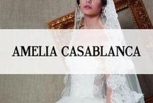 AMELIA CASABLANCA / Al meer dan vijftig jaar is Amelia Casablanca een symbool van de uniciteit, raffinement, verfijning, cultuur en stijl. Designer Amelia Casablanca is synoniem aan die typische Italiaanse cultuur die ons in staat stelt in het leven om te dromen. Elke trouwjapon heeft net die extra touch; Amelia Casablanca maakt gebruik van de allermooiste zijden en stoffen en onderscheid zich met een sterke smaak van 'Made in Italy', waar de glitter en de luxe regeert! Exclusief bij Koonings Bruid & Bruidegom.