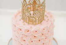 Cake/Cupcakes / by Katelyn Taylor