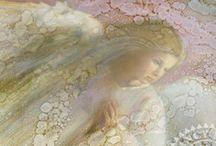 Angels  / by Ayleyaell Kinder