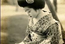 Japan: Kimono, Maiko and Geisha