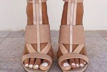 Shoes! Shoes! Shoes! / Women's fashion shoes, high heels, low heels, flats, sandals, stilettos, boots, ankle boots, booties, and more