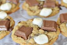 Everything S'mores!  / I've always loved S'mores so the trend to make everything S'mores flavored or to make gourmet S'mores recipes makes me EXCITED!