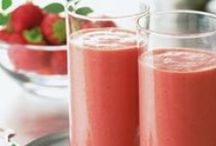 Smoothies, Drinks, / Curb Your Sweet Tooth With Healthy Smoothie Recipes! More healthy recipes and healthy tips on my site! Come and visit! http://alexandramcallister.com / by Alexandra McAllister