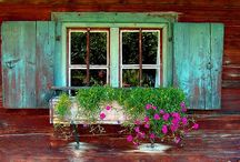 country charm.  / Country life / by Del