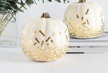 My Top 5 'No Carve' Pumpkin Decorating DIYs / A round up of my 5 favorite pumpkin DIYs on Pinterest!