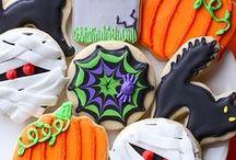 Halloween / Fun, clever, & inspiring food & decoration ideas for Halloween holiday entertaining.