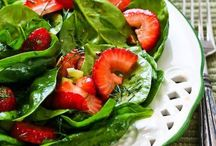 Salads / Leafy green + (vegetarian) vegetable salads. (See my other recipe pinboards for other types of salads.)