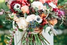 Fall Wedding Bouquets / Complete your fall wedding ensemble with a gorgeous bouquet! fall wedding ideas / fall wedding bouquets / fall wedding flowers / fall flowers / fall bouquets / autumn wedding ideas / autumn wedding bouquets / autumn wedding flowers / autumn flowers / autumn bouquets / autumn wedding inspiration / fall wedding inspiration / winter wedding flowers / winter wedding bouquet / wedding bouquets / wedding bouquet ideas / burgundy floral / burgundy bouquets / burgundy wedding / cranberry wedding