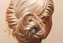 Hairstyles / by Michele Caine