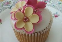 Cake Decorating / by Sabrina Berardino