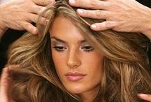 HairSyles Love <3 / by Traci Ann Jakuc