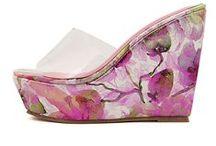 Women Fashion Shoes / by Fashion Online