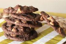 Cookies / by Leslie K