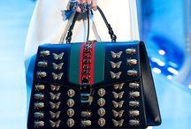 The best and beautiful designer handbags / Clutch bags   Shoppers   Totens  Crossbody bags   Backpacks   Bucket bags   Belt bags   Handbags.