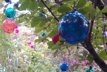 Garden Decor / Garden accessories, outdoor decor, garden crafts, garden art, fountains, ideas.