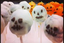Food : Cake Pops / Recipes, how-to's and inspriation / by Akram Taghavi-Burris