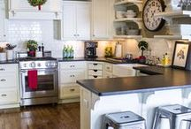 Create a Kitchen / by Jennifer Luther