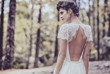 Wedding Dress / wedding dress' of my choice: vintage, lace & lower back