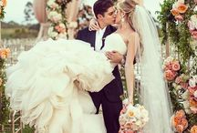 Perfect wedding / Wedding, brides, bride, dresses, bouquet, bruiloft, styling, weddingstyling.