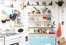 In the Kitchen / Retro Kitchens and Swell Dishes
