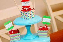 Cake plates and pedestals