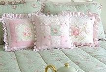 Shabby, Cottage & Romantic Style / by Jan Martin