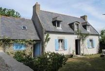 vakantie huizen Bretagne  / 1500 kilometer kustlijn, de langste van heel Frankrijk. France Individuelle beschikt over een afwisselend aanbod van vakantiehuizen, Gites en boerderijen in Bretagne. Na een dag strand of een mooie dagtocht kunt u in alle rust ontspannen in een vakantiewoning in Bretagne. De villa's en vakantiehuizen zijn allemaal prachtig gelegen en voor iedere smaak heeft France Individuelle iets te beiden. Op dit bord kunt u enkele woningen bekijken, raak geïnspireerd door dit mooie stukje aarde.. / by Fi Vakantiehuizen