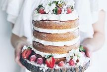 Wedding Cakes / Creative wedding cakes that vary from cupcakes to elegant tiered cakes!