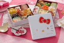 ♡ Just Bento ♡ / Bentoは、単一部分取出または日本料理では一般的家庭満載の食事です。従来のお弁当は通常箱形の容器にご飯、魚や肉、および1つ以上の酢漬け、または調理された野菜で構成されています。 / by Nina Cupcakes