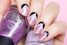 Nails Nails Nails / Addicted to nail polish! See my nail art tutorials on http://sonailicious.com / by Crashing Red