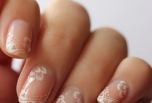 nails / by Séverine Seintourens