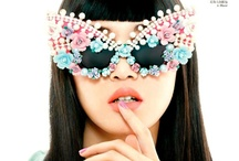 Serious Bling / Everything that sparkles and with crystals, jewellery and clothes... / by Crashing Red
