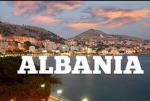 """Albania / Poreclită """"Frumoasa din pădurea Adormită"""" - Albania este o ţară de numai 28.000 de kilometri pătraţi (un pic mai mare decât Oltenia noastră), dar care are parte de oraşe istorice bine conservate, câteva regiuni muntoase şi cel mai important, litoral la Marea Adriatică şi la cea Ionică."""