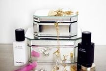 Home Decor Ideas / Home decor and office decor ideas. Plus, lots of pretty vanity tables!