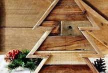 Country Christmas Decorating Ideas / This year, have a rustic Christmas by making your own DIY Christmas crafts. These ideas are great for a country Christmas celebration or if you wish you were celebrating Christmas in the country. rustic christmas / by AllFreeChristmasCrafts