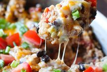 recipes to feed a crowd / The best potluck recipes for gatherings or large families.