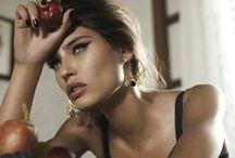 Beautiful, beautiful, beautiful / Belleza femenina. Sin más.
