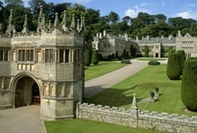 LANHYDROCK, BODMIN, CENTRAL CORNWALL / LANHYDROCK: Jewel of the South West.  One of the National Trust's finest properties Lanhydrock is located near to Bodmin in Cornwall.  Open to the public. 50 rooms to explore, restaurants and extensive grounds. About 42 miles (1 hr 10 min drive).