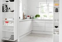 KITCHENS / Interior design inspiration for project house renovation: big open cook, eat, drink, relax spaces